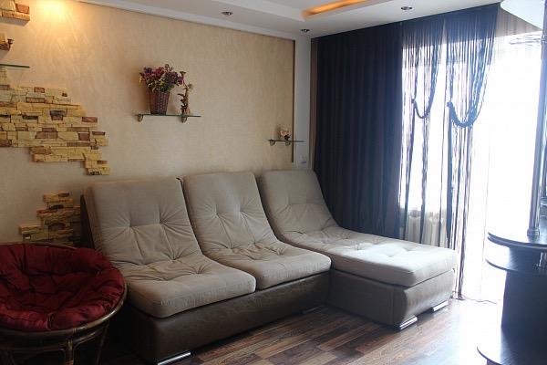 1-кімнатна квартираподобово у Рівному, вул. Гайдамацька, 7. Фото 1