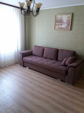 Трехкомнатная квартирапосуточно в Луцке. ул. Конякина, 19. Фото 1