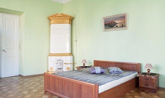Двухкомнатная квартирапосуточно в Львове, Лычаковский район, ул. Лычаковская, 16. Фото 1