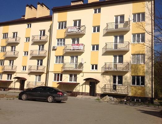 Двухкомнатная квартирапосуточно в Моршине, ул. Привокзальная, 61-а
