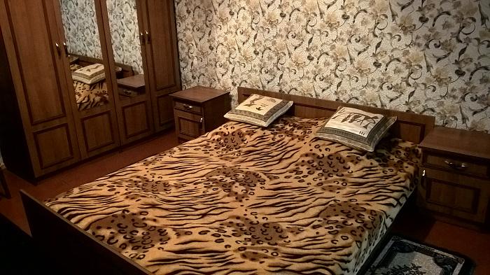 Трехкомнатная квартирапосуточно в Приморске, ул. Морская, 60. Фото 1