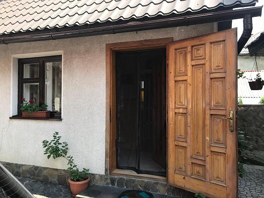 Дом посуточно в Рахове. ул. Шевченко, 136. Фото 1