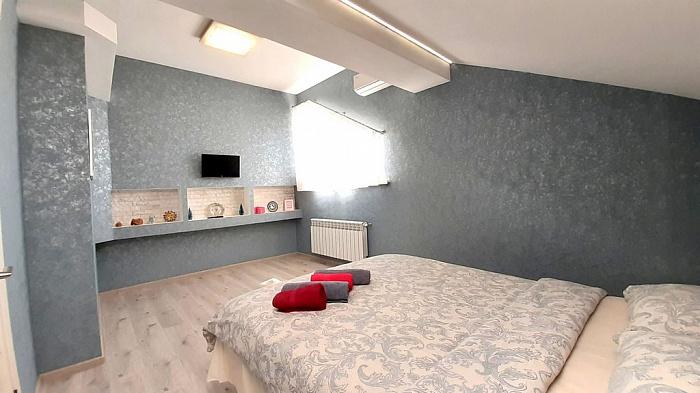 1-кімнатна квартираподобово в Полтаві. Жовтневий район, ул. Ляхова, 10. Фото 1