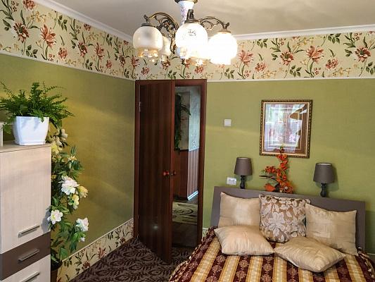 Двухкомнатная квартирапосуточно в Тернополе. ул. Романа Купчинского, 9. Фото 1