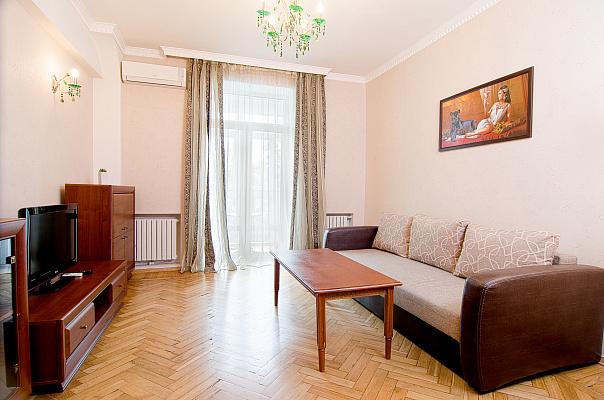 Двухкомнатная квартирапосуточно в Донецке, Ворошиловский район, ул. Университетская, 26. Фото 1
