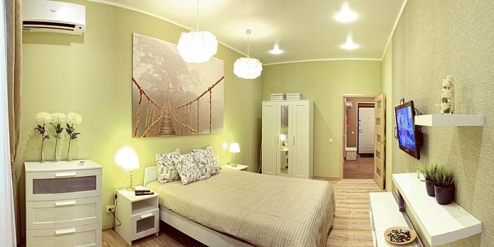 Двухкомнатная квартирапосуточно в Севастополе, Ленинский район, ул. Сенявина, 2. Фото 1