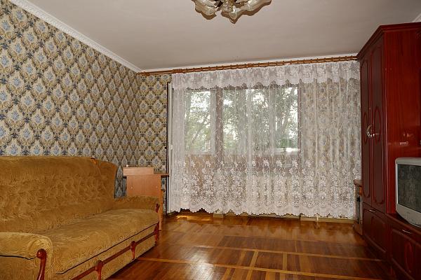 Однокомнатная квартирапосуточно в Бердянске. ул. Морская, 25. Фото 1