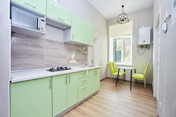 Двухкомнатная квартирапосуточно в Одессе. Приморский район, ул. Нежинская, 62. Фото 1