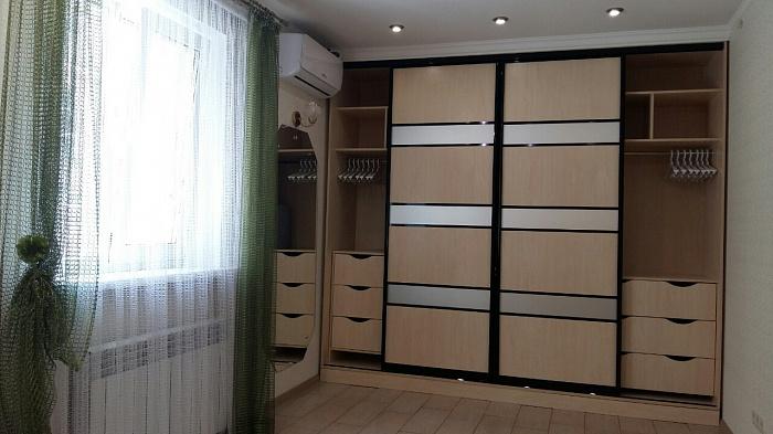 Двухкомнатная квартирапосуточно в Одессе, Приморский район, б-р Французский, 41а. Фото 1