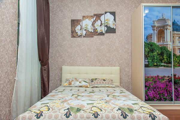 Однокомнатная квартирапосуточно в Одессе. Приморский район, ул. Жуковского, 45. Фото 1