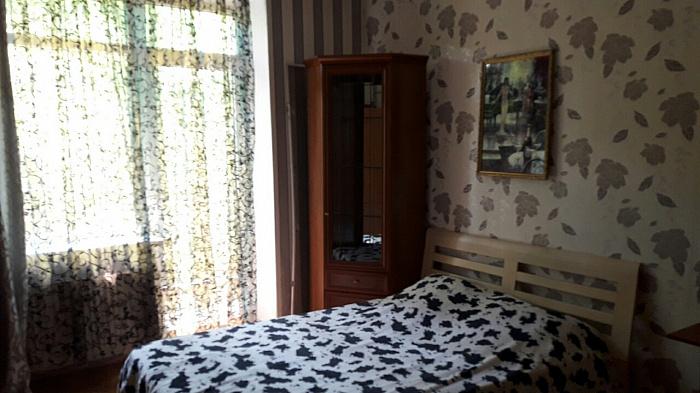 Трехкомнатная квартирапосуточно в Одессе. Приморский район, ул. Ришельевская, 7. Фото 1