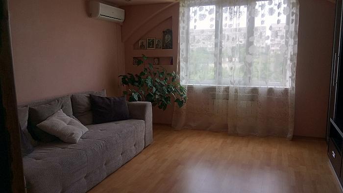 2-кімнатна квартираподобово у Южному, вул. Будівельників, 3. Фото 1