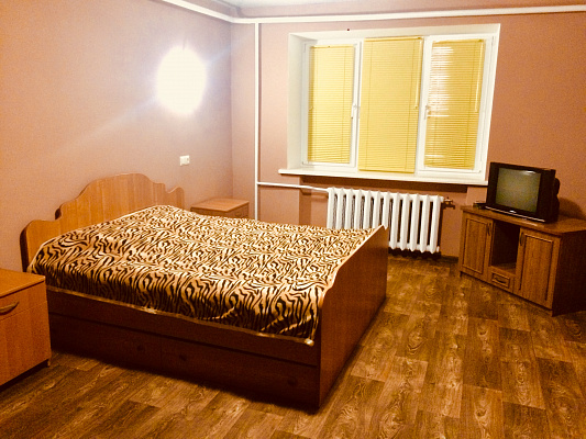 Однокомнатная квартирапосуточно в Черкассах. б-р Шевченко, 274. Фото 1