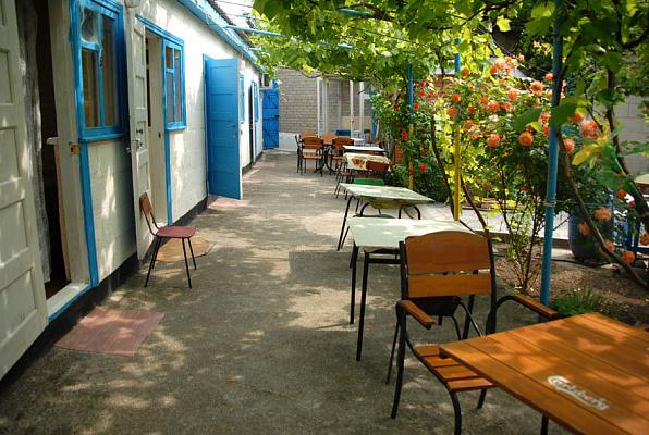 Мини-отель посуточно в Кирилловке, ул. Калинина, 50