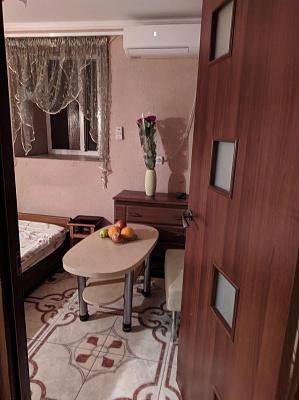 Однокомнатная квартирапосуточно в Одессе. Приморский район, ул. Осипова, 31. Фото 1