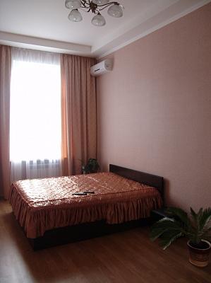 Двухкомнатная квартирапосуточно в Киеве, Голосеевский район, Жилянская, 34. Фото 1