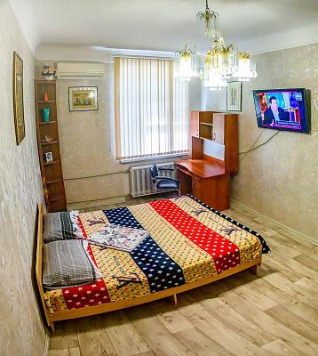 Однокомнатная квартирапосуточно в Херсоне. Суворовский район, ул. Потёмкинская, 100. Фото 1