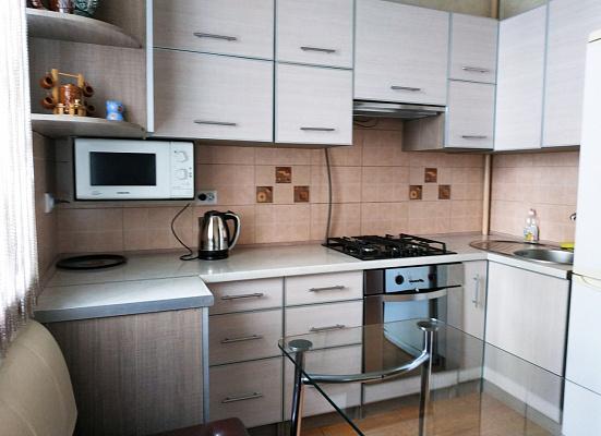 Однокомнатная квартирапосуточно в Ивано-Франковске, ул. Железнодорожная, 49