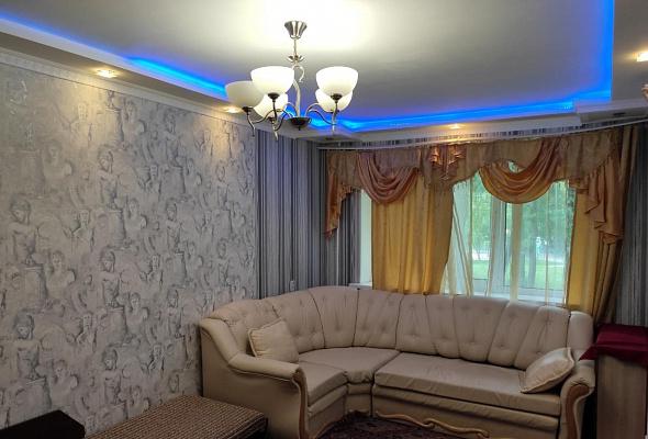Двухкомнатная квартирапосуточно в Виннице. Ленинский район, ул. 600-летия, 44. Фото 1