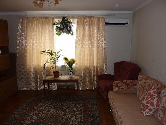 Двухкомнатная квартирапосуточно в Одессе. Суворовский район, Одесса, Николаевская дорога, 305, 305. Фото 1