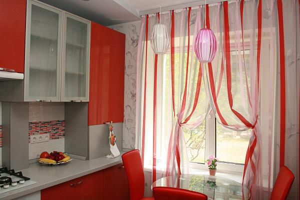 Двухкомнатная квартирапосуточно в Бердянске. ул. Греческая, 31. Фото 1
