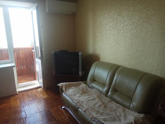 Двухкомнатная квартирапосуточно в Одессе. Суворовский район, Николаевская дорога, 301. Фото 1