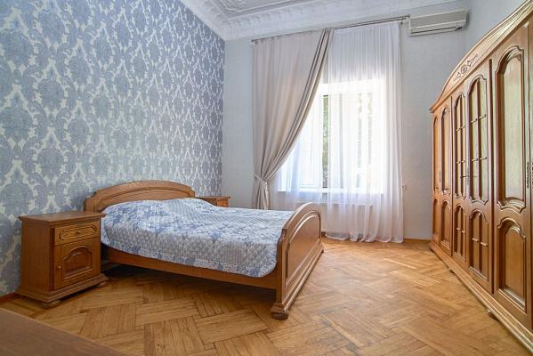 Однокомнатная квартирапосуточно в Одессе. Приморский район, ул. Еврейская, 55. Фото 1