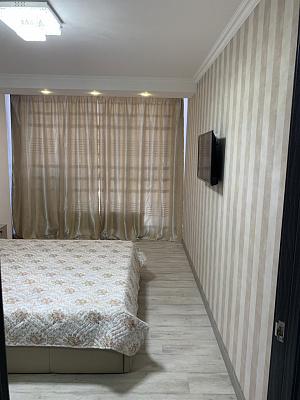 Двухкомнатная квартирапосуточно в Одессе. Приморский район, ул. Литературная, 10. Фото 1