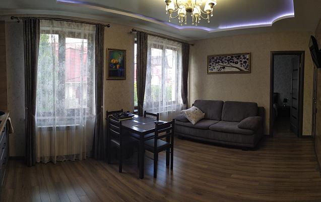 Мини-отель посуточно в Трускавце. ул. Рички, 24а. Фото 1