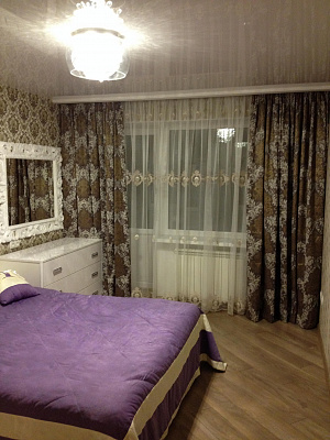 Двухкомнатная квартирапосуточно в Ильичёвске (Черноморске). ул. Парковая, 22. Фото 1