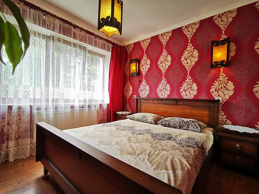 3-кімнатна квартираподобово у Тернополі, вул. Львівська, 2. Фото 1
