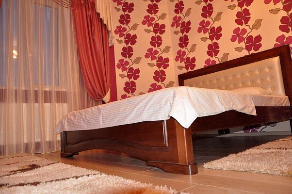 Однокомнатная квартирапосуточно в Борисполе. ул. Бабкина, 6. Фото 1