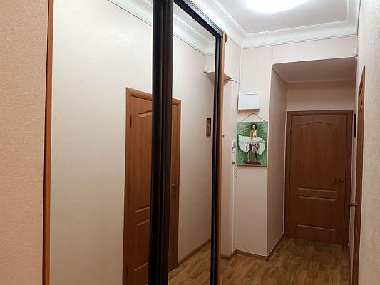 Двухкомнатная квартирапосуточно в Запорожье, Орджоникидзевский район, ул. Жаботинского, 7а