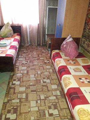 Трехкомнатная квартирапосуточно в Полтаве, Октябрьский район, ул. Алмазная, 5. Фото 1