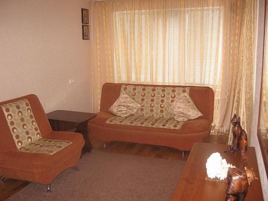 Двухкомнатная квартирапосуточно в Черкассах.  Гоголя, 290. Фото 1