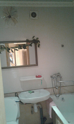 Однокомнатная квартирапосуточно в Полтаве, Киевский район, ул. Опытная, 6