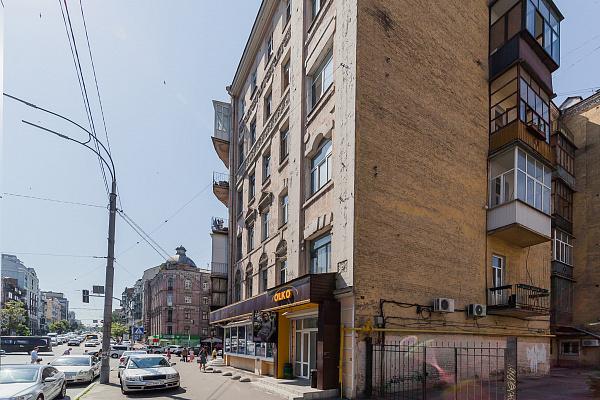 Двухкомнатная квартирапосуточно в Киеве, Шевченковский район, ул. Саксаганского, 109