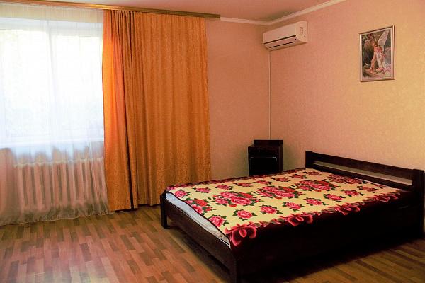 1-кімнатна квартираподобово у Севастополі, Гагарінський район, вул. Кесаєва, 3. Фото 1