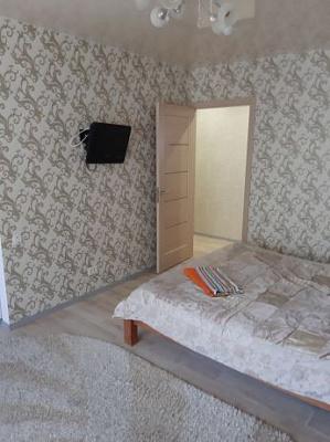 Двухкомнатная квартирапосуточно в Полтаве. Киевский район, ул. Репина, 21. Фото 1