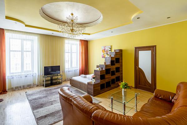 Двухкомнатная квартирапосуточно в Львове, ул. Ивана Огиенко, 17. Фото 1