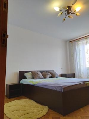 3-кімнатна квартираподобово в Рівному. вул. Лермонтова, 9. Фото 1