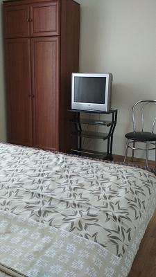 Двухкомнатная квартирапосуточно в Чернигове, Деснянский район, ул. Шевченко, 9
