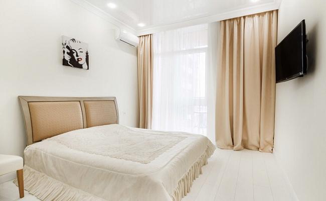 3-кімнатна квартираподобово у Одесі, Приморський район, вул. Гагарінське Плато, 9. Фото 1
