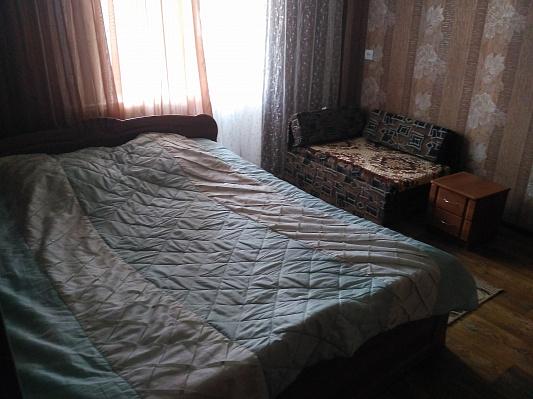 Однокомнатная квартирапосуточно в Конотопе, ул. Лазаревского, 6А