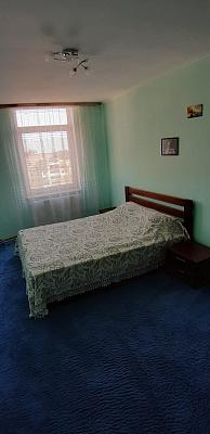 Трехкомнатная квартирапосуточно в Тернополе, ул. Лучаковского, 6а