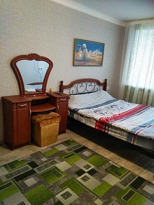 Однокомнатная квартирапосуточно в Лозовой, ул. Привокзальная, 32. Фото 1