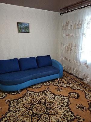Однокомнатная квартирапосуточно в Днепрорудном, ул. Энтузиастов, 27. Фото 1