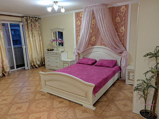 Однокомнатная квартирапосуточно в Кременчуге. ул. Гагарина, 28. Фото 1