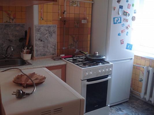 Однокомнатная квартирапосуточно в Севастополе, Гагаринский район, ул. Октябрьской революции, 32