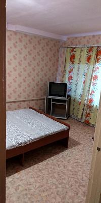 Двухкомнатная квартирапосуточно в Херсоне, Корабельный район, ул. Уварова, 4а. Фото 1
